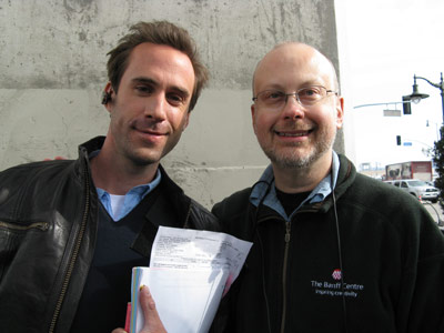 [Joseph Fiennes and Robert J. Sawyer on the set of FlashForward]